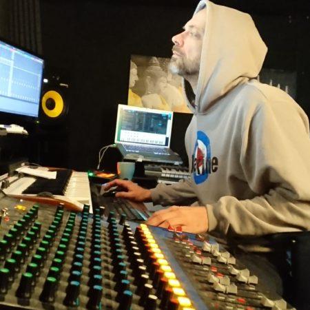 junk_studio1